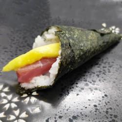 temaki de atún y mango