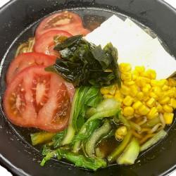 udón (elige salsa e ingredientes)